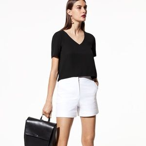 Aritzia Babaton Randy v neck top